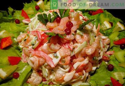 Salotos su krevetėmis ir kalmarais - įrodyta receptai. Kaip gaminti salotas su krevetėmis ir kalmarais.