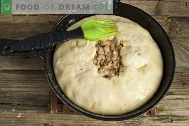 Angielskie ciasto z ziemniakami i mięsem
