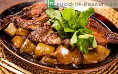 Hur man lagar en anka med potatis i ugnen? Mycket välsmakande recept och anka med potatis i ugnen, inte bara för semestern