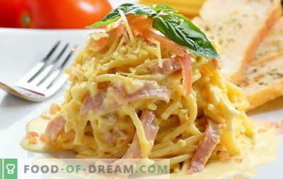 Carbonara med bacon och grädde är en bra idé för en god middag. Recept av carbonara med bacon och grädde från italiensk gourmet