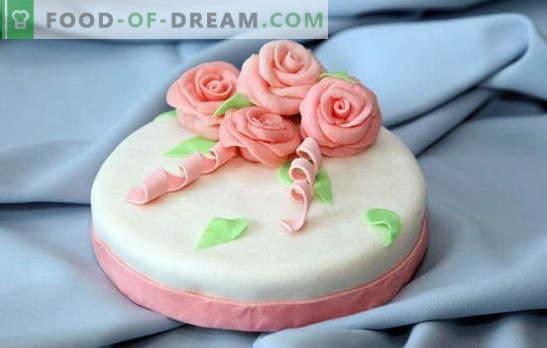 Sladkorni mastiks za domačo torto: na mleku, želatini, iz barjahlov. Recepti za sladkorni mastiks doma
