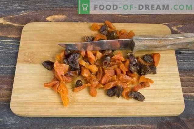 Pumpa paj på Kefir med torkade frukter