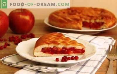Apple och lingonberry pajer - lägg till söt sort! Gjut, puff och shortbreaddeg för en paj med äpplen och lingonberries
