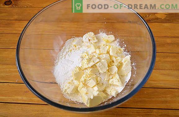 Ostost bagels med sylt: hemlagade kakor är alltid glada! Författarens steg-för-steg fotrecept av kesostegrullar med tjock sylt